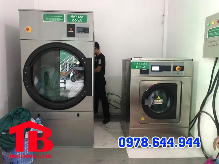 sử dụng máy giặt vắt công nghiệp
