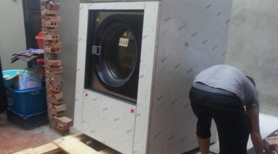 Hướng dẫn cách lắp đặt máy giặt công nghiệp cho xưởng giặt là
