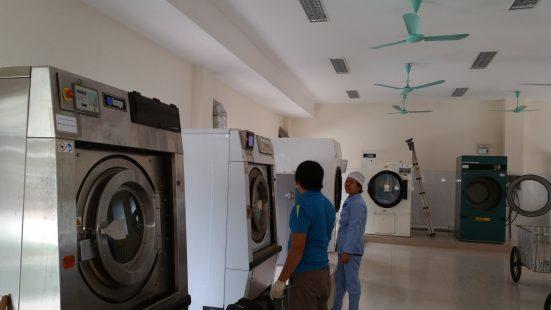 sử dụng máy giặt công nghiệp 2