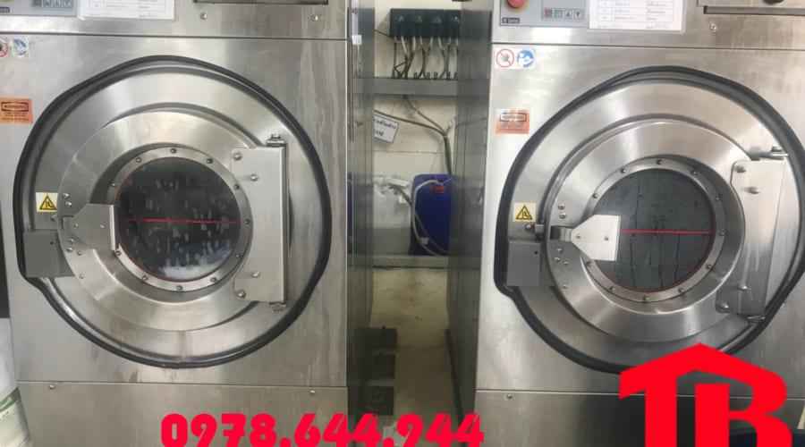 Giá máy giặt công nghiệp 15kg cho xưởng giặt là